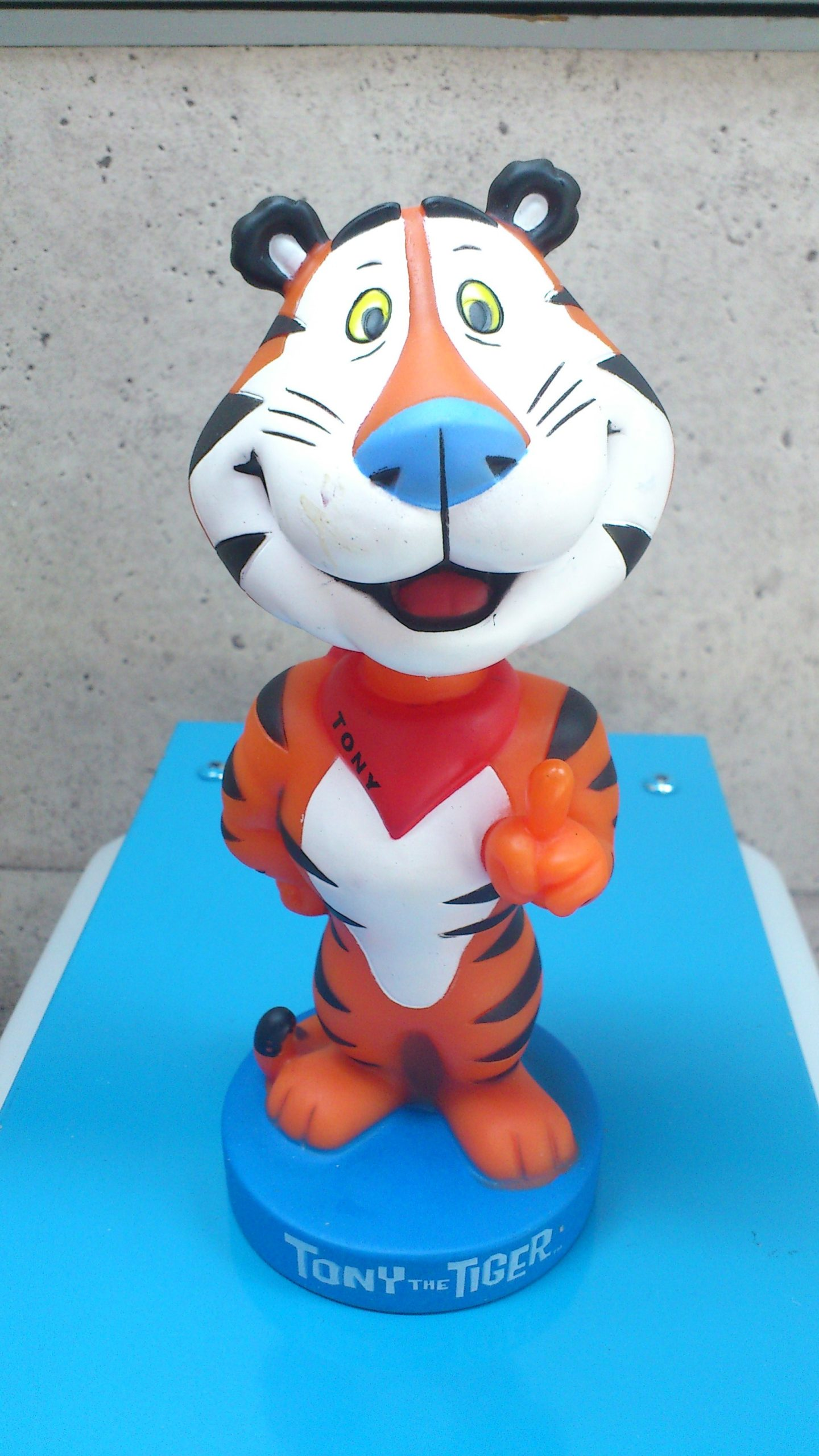 Tony the Tiger ・ボビングヘッドフィギュア