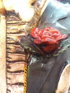 胸ポケットのバラ